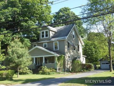 Clinton Single Family Home For Sale: 91 College Street