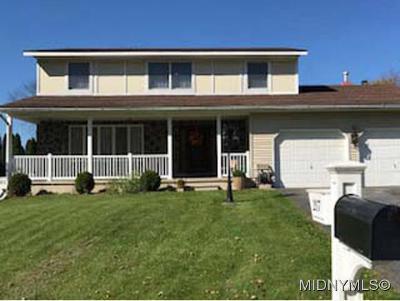 Deerfield Single Family Home For Sale: 217 Ramblewood Drive