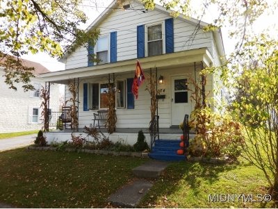 Waterville Single Family Home For Sale: 174 E Bacon Street