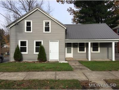 Oriskany Single Family Home For Sale: 1114 Utica St