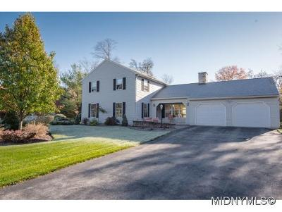 New Hartford Single Family Home For Sale: 16 White Pine Road