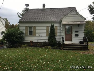 NEW HARTFORD Single Family Home For Sale: 8 Marks Place