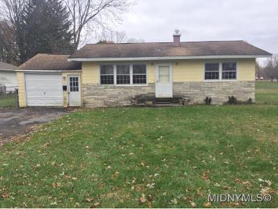 Whitestown Single Family Home For Sale: 2 Beechnut Terrace