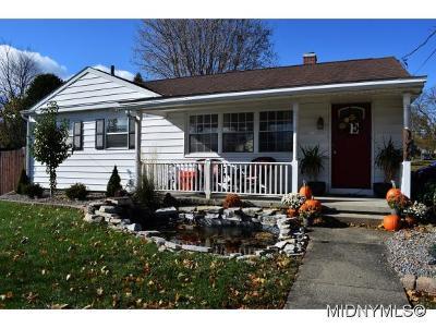 Utica Single Family Home For Sale: 1200 Kiniry Street