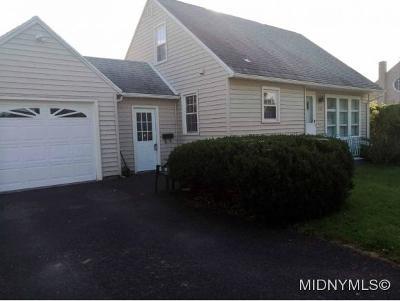 Oneida County Single Family Home For Sale: 914 Armory Drive