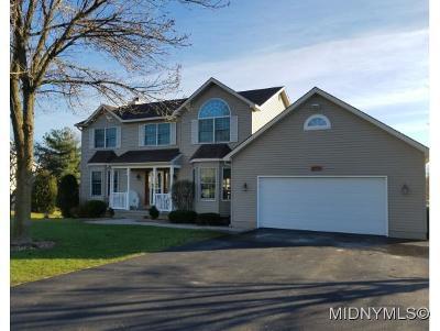 Whitesboro Single Family Home For Sale: 8 Jonathan Court