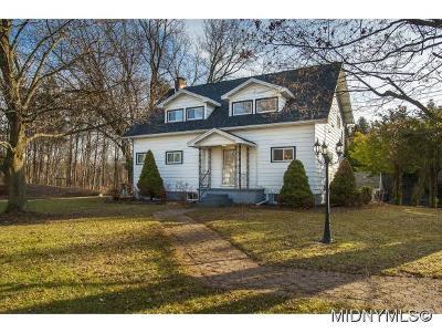 Sauquoit Single Family Home For Sale: 21 Jones Rd