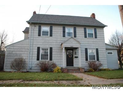 UTICA Single Family Home For Sale: 2800 Brighton Place