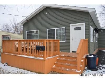 Oneida County Single Family Home For Sale: 15 Rosemary Ave