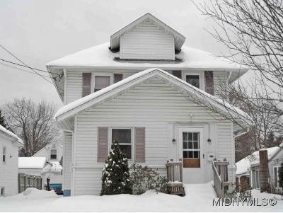 Rome Single Family Home For Sale: 106 East Oak Street