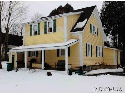 Frankfort Single Family Home For Sale: 115 Spruce Drive