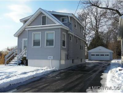 Oneida County Single Family Home For Sale: 108 Wells Place