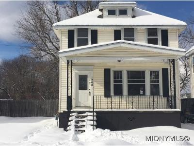 Oneida County Single Family Home For Sale: 1208 Leeds St