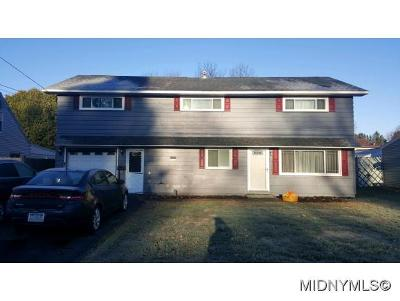 UTICA Single Family Home For Sale: 441 Van Rensselaer