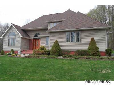 Oneida County Single Family Home For Sale: 10574 Doyle Road