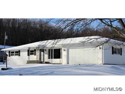 Whitesboro Single Family Home For Sale: 8 Westbrook Drive