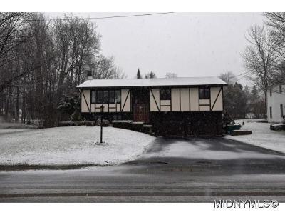 Whitesboro Single Family Home For Sale: 129 Clarion Drive