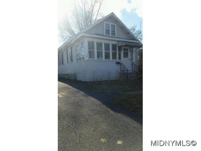Yorkville Single Family Home For Sale: 2123 Maynard Ave