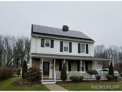 Utica Single Family Home For Sale: 21 Eastwood Ave