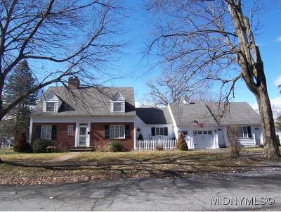 Madison County Single Family Home For Sale: 122 West Jenkins Street