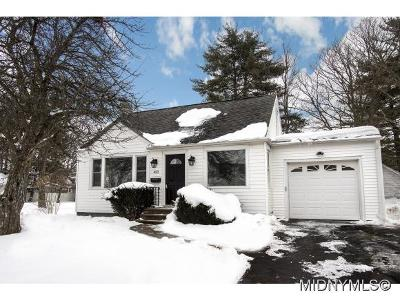 Utica Single Family Home For Sale: 422 Quentin Rd