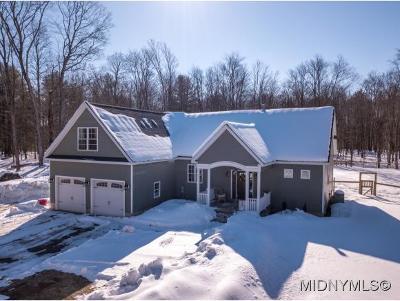 Barneveld Single Family Home For Sale: 10748 Hinman Road