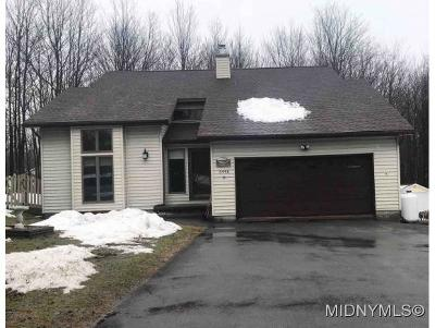 Single Family Home For Sale: 6448 Stage Road