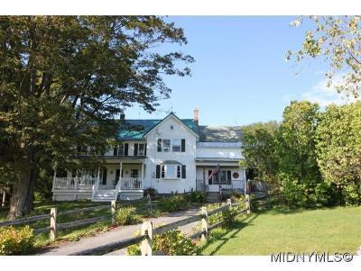 Oneida County Single Family Home For Sale: 8083 East Floyd Road