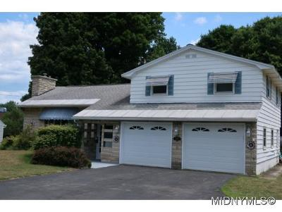 Rome Single Family Home For Sale: 8156 Turin Rd.
