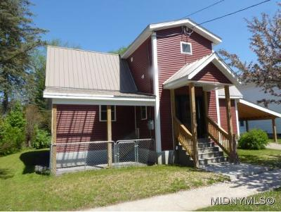 WATERVILLE Single Family Home For Sale: 136 Madison St.