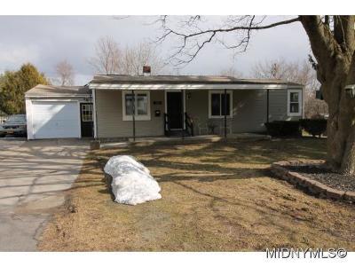 New Hartford NY Single Family Home For Sale: $144,900