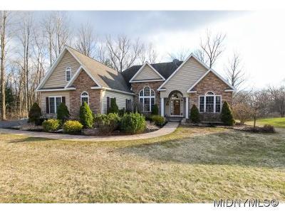 Oneida County Single Family Home For Sale: 206 Daniel Court