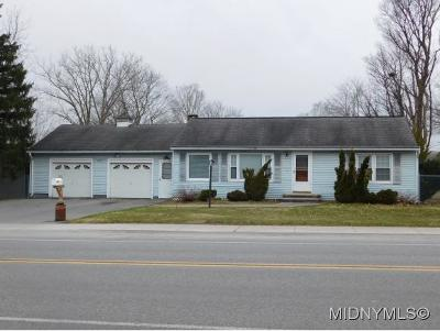 New Hartford Single Family Home For Sale: 4799 Middle Settlement Rd