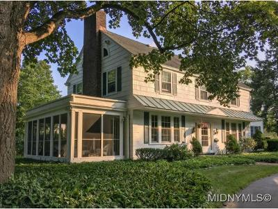 Oneida County Single Family Home For Sale: 714 Parkway East