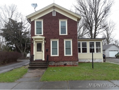 Oneida County Single Family Home For Sale: 186 Main Street