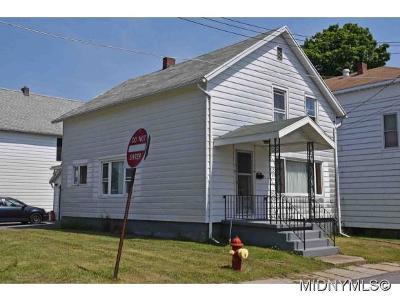 Frankfort Single Family Home For Sale: 114 Skiff Avenue
