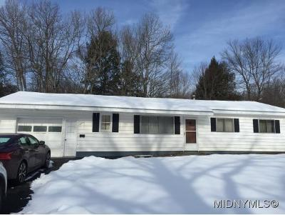 Utica NY Single Family Home For Sale: $74,900