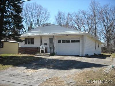 Herkimer County Single Family Home For Sale: 5645 Mapleton Drive