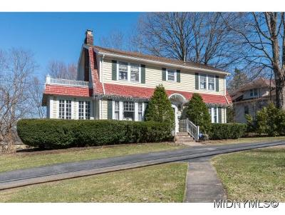 New Hartford Single Family Home For Sale: 9 Jordan Road