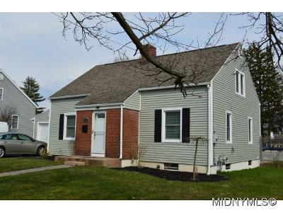 Utica Single Family Home For Sale: 1239 Greenview Dr