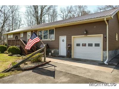 Holland Patent NY Single Family Home For Sale: $179,000