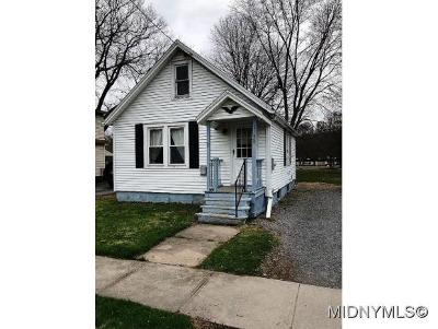 Oriskany Single Family Home For Sale: 115 Elm Street