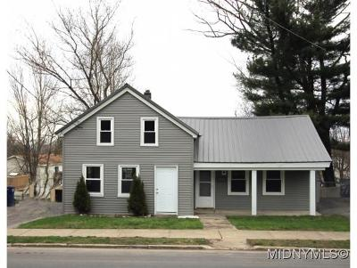 Oriskany Single Family Home For Sale: 1114 Utica Street