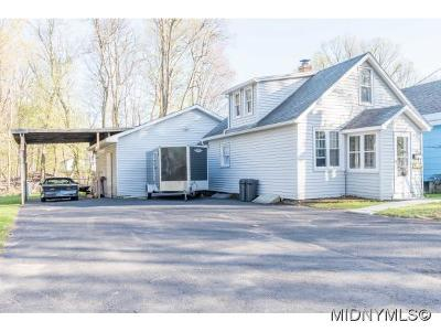 Whitesboro Single Family Home For Sale: 20 Gould