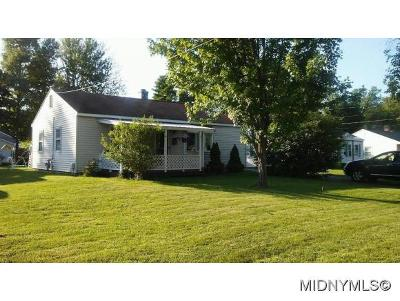 Whitesboro Single Family Home For Sale: 31 Pinecrest Rd