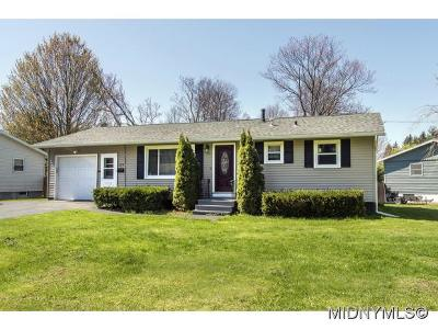 Whitesboro Single Family Home For Sale: 123 Waterbury Avenue