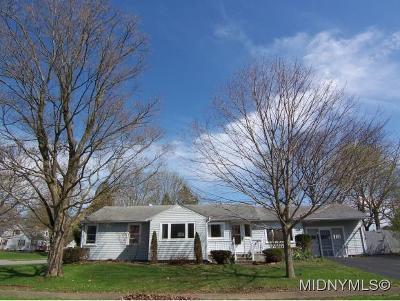 Sherrill Single Family Home For Sale: 209 Leonard Street