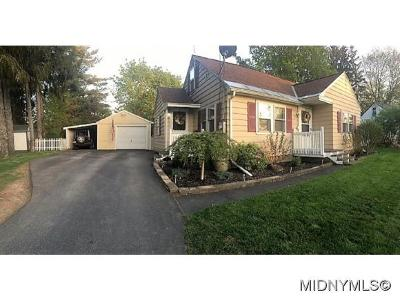 New Hartford NY Single Family Home For Sale: $135,000