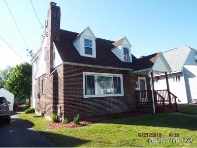 Oneida County Single Family Home For Sale: 409 Kingston Rd.