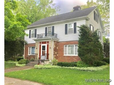 Madison County Single Family Home For Sale: 351 Earl Avenue
